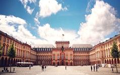 csm_Schloss_Uni_Mannheim_64a3013fc9